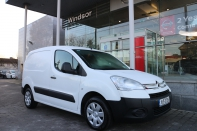 Enterprise 1.6 HDI **Three front seats and sliding door**